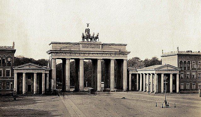 Brandenburger Tor um 1855